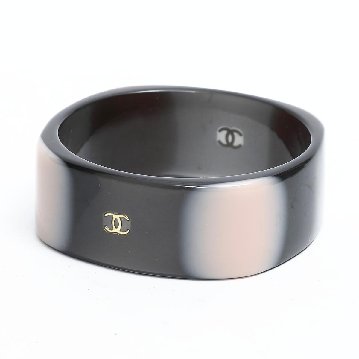 8169ed48a051 シャネル 01Aバングル ブレスレット アクセサリー レディース プラスチック ブラック x ピンク | CHANEL BRANDOFF ブランドオフ  ブランド