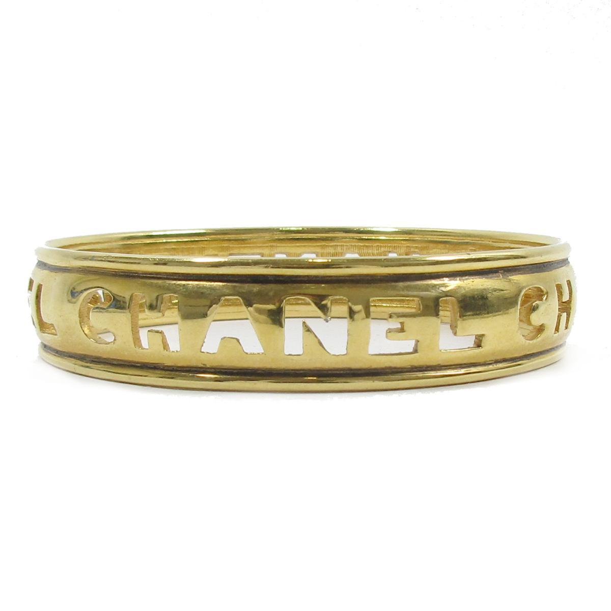 シャネル ロゴブレスレット バングル 腕輪 アクセサリー レディース GP (ゴールドメッキ) ゴールド 【中古】 | CHANEL BRANDOFF ブランドオフ ブランド ブレスレット