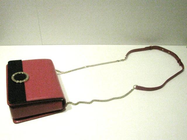 BVLGARI(불가리)/불가리 불가리 플랩 커버 숄더백/숄더백/핑크/소가죽(송아지 가죽) x플라스틱/(579-001-0745 S) [BRANDOFF/브랜드 오프]
