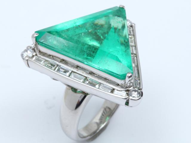 【中古】【送料無料】ジュエリー エメラルド ダイヤモンド リング 指輪 レディース PT900 プラチナ x エメラルド (21.50ct) x ダイヤモンド (2.00ct)   JEWELRY リング Ring 指輪 アクセサリー ブランドオフ BRANDOFF 美品 ボーナス