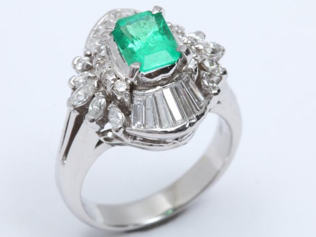 【中古】ジュエリー エメラルド ダイヤモンド リング 指輪 レディース PT900 プラチナ x エメラルド(0.96ct) x ダイヤモンド(1.10ct) | JEWELRY リング ブランドオフ BRANDOFF 美品 ボーナス