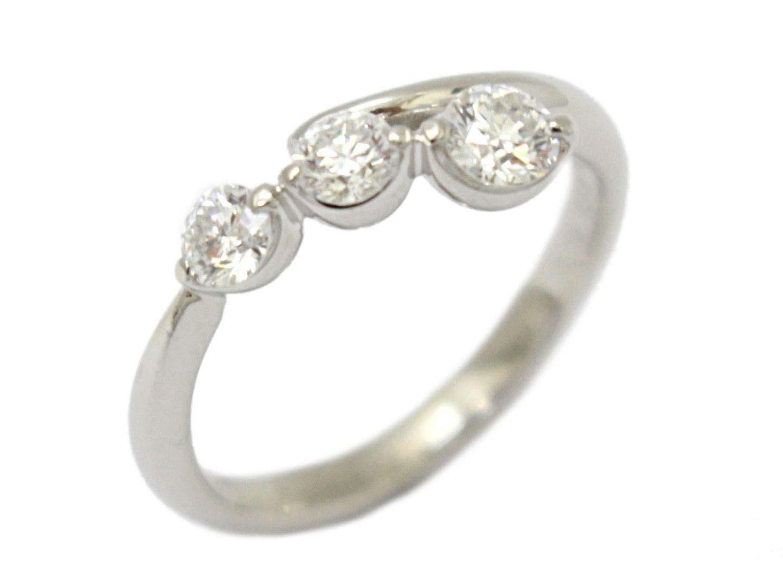 【中古】【送料無料】ジュエリー ダイヤモンド リング 指輪 レディース PT900 プラチナ×ダイヤモンド(0.21ct/0.15ct/0.15ct) | JEWELRY 美品 ブランドオフ BRANDOFF