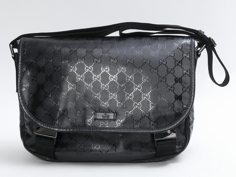 【中古】グッチ メッセンジャーバッグ レディース PVCコーティング x レザー ブラック (201732)