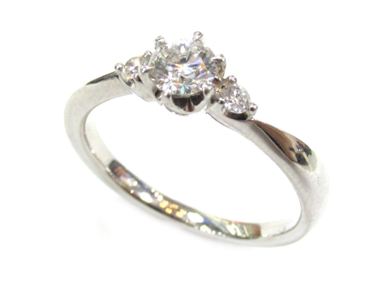 【中古】ヨンドシー ダイヤモンド リング 指輪 レディース PT950 プラチナ×ダイヤモンド(0.305ct) シルバー