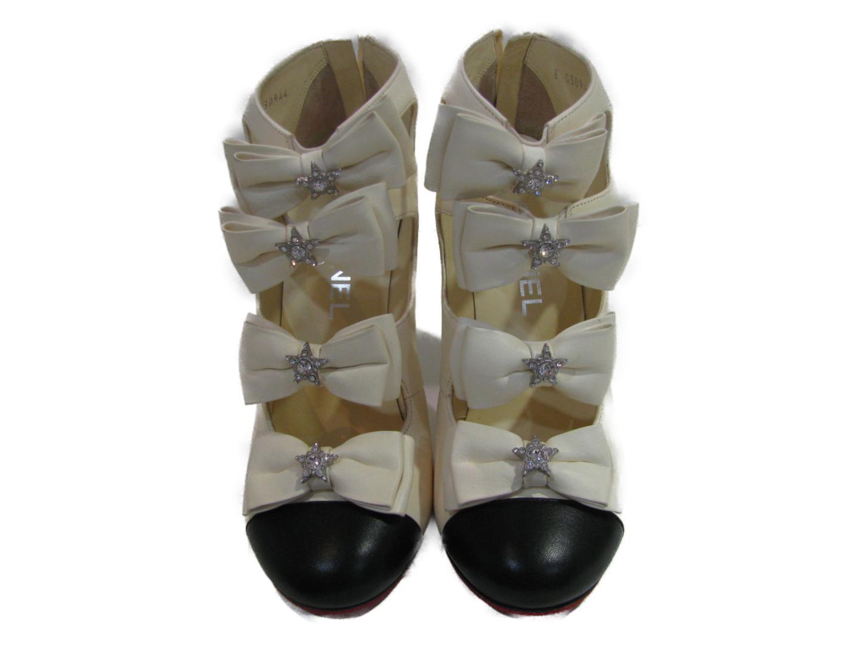 【中古】 シャネル ショートブーツ レディース レザー アイボリー x ブラック | CHANEL くつ 靴 ショートブーツ 美品 ブランド ブランドオフ BRANDOFF