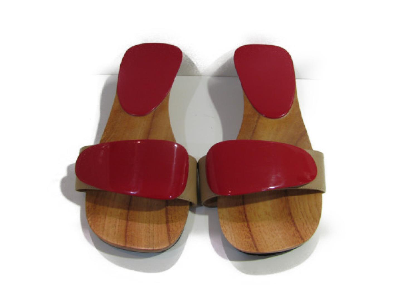 【中古】 エルメス サンダル レディース エナメル x ウッド レッド x ベージュ   HERMES くつ 靴 サンダル 美品 ブランドオフ BRANDOFF