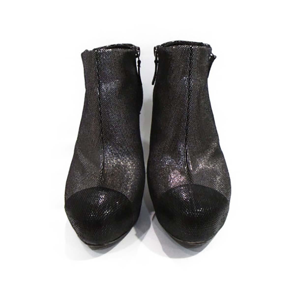 【中古】 シャネル ショートブーツ レディース レザー ブラック x シルバー | CHANEL くつ 靴 ショートブーツ 美品 ブランドオフ