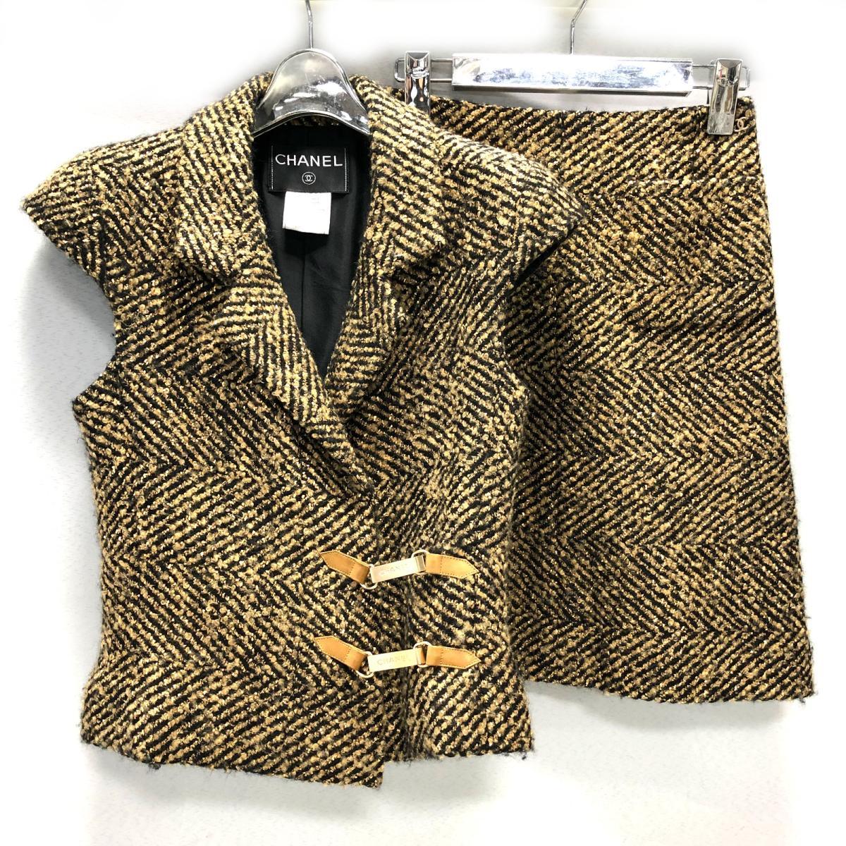 【中古】 シャネル 2Pセットアップ レディース ゴールド x ブラック   CHANEL BRANDOFF ブランドオフ 衣料品 衣類 ブランド