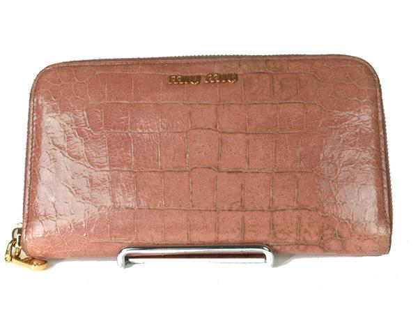 -miumiu- ミュウミュウ クロコ型押し ラウンドファスナー長財布 【ピンク】【中古】