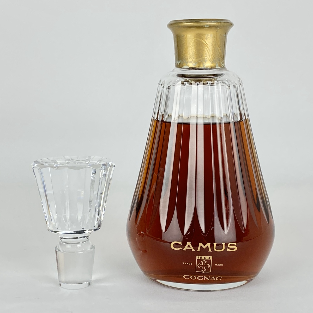カミュ CAMUS カラフェ バカラ 700ml ブランデー コニャック 【古酒】