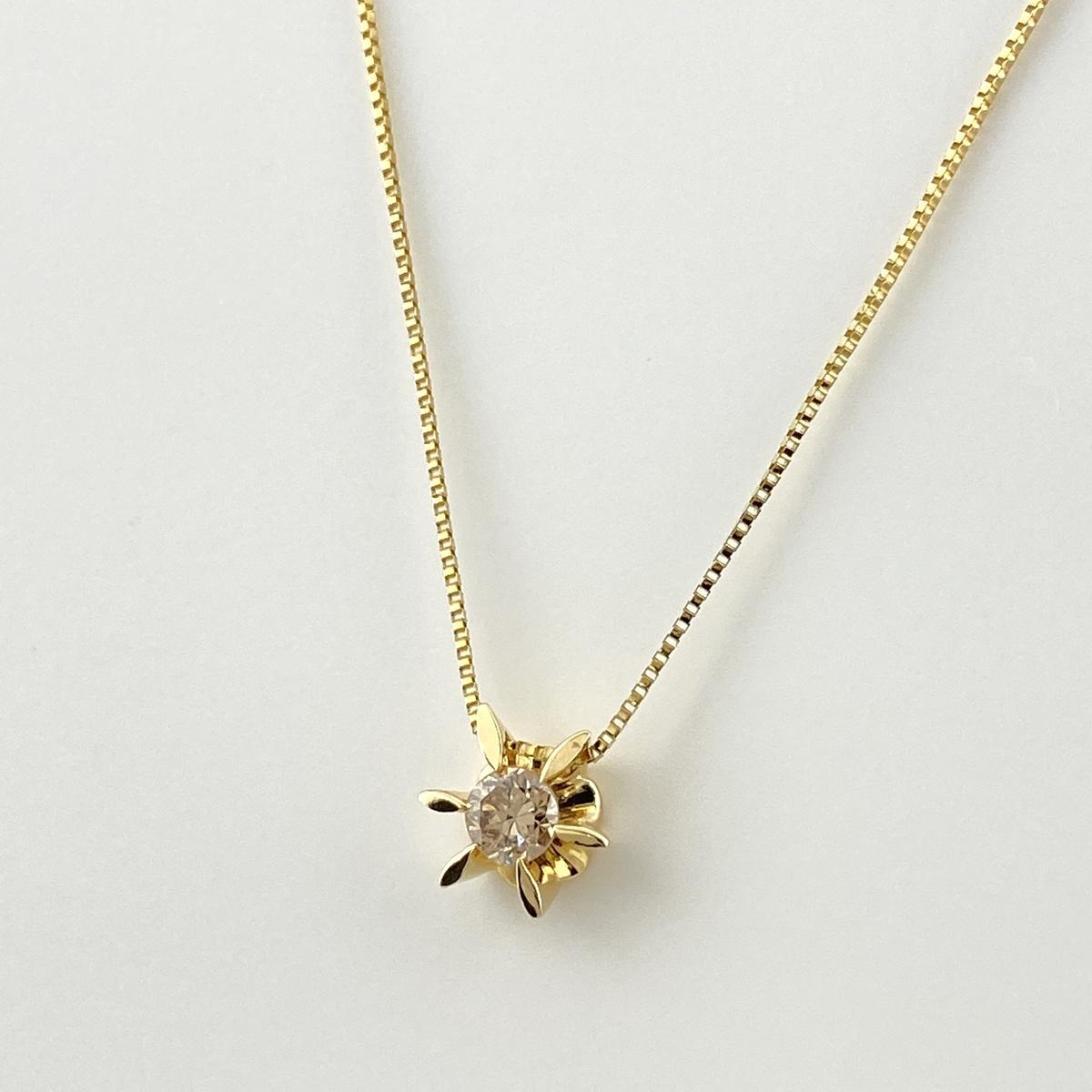 USED 送料無料 ダイヤモンド デザイン ネックレス 大決算セール K18 レディース ペンダント メーカー直売 中古 イエローゴールド YG