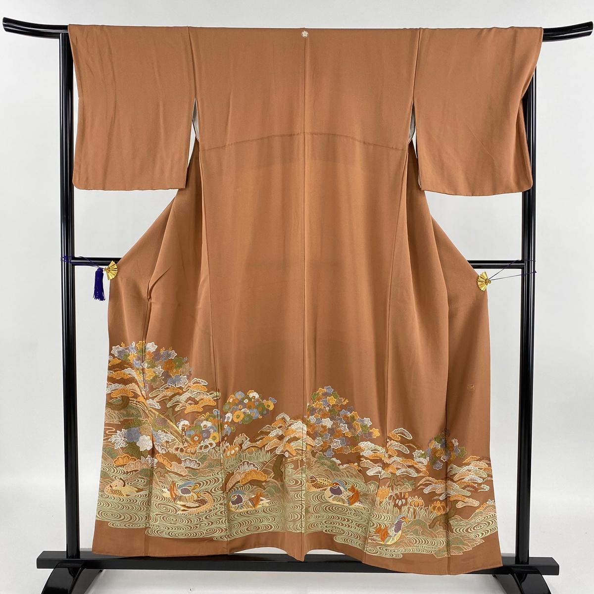 色留袖 美品 秀品 落款あり 一つ紋 おしどり 風景 金糸 刺繍 赤茶 袷 身丈156cm 裄丈66cm M 正絹 【中古】