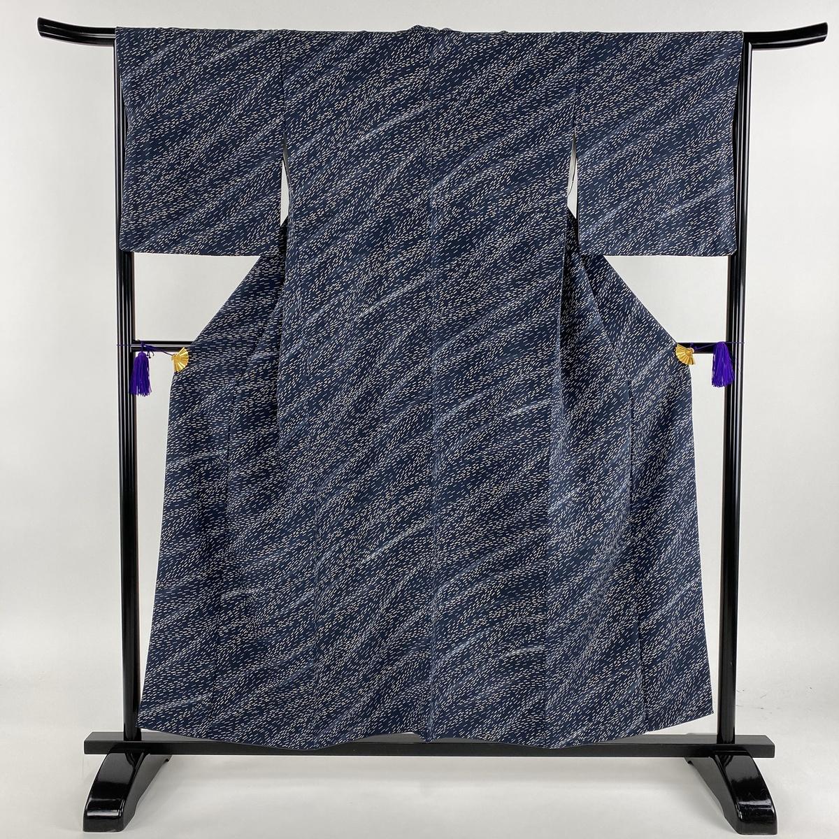 小紋 美品 秀品 幾何学模様 銀彩 青灰色 袷 身丈156cm 裄丈66cm M 正絹 【中古】