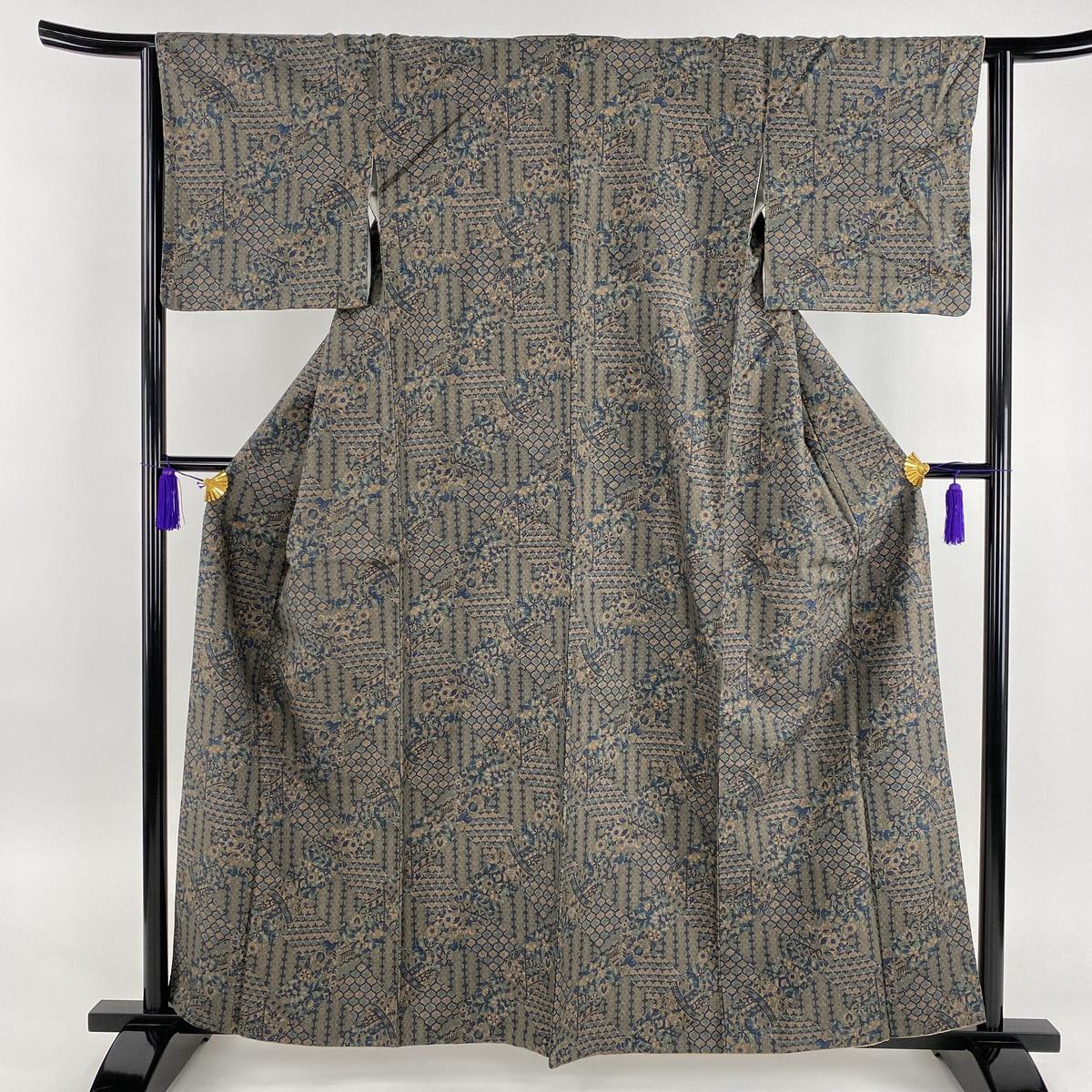 小紋 美品 秀品 紬地 菱 寄せ柄 灰緑 袷 身丈160cm 裄丈63cm S 正絹 【中古】