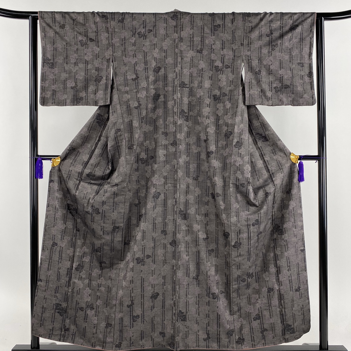 紬 美品 名品 蔦 縦縞 茶紫 袷 身丈154cm 裄丈65cm M 正絹 【中古】