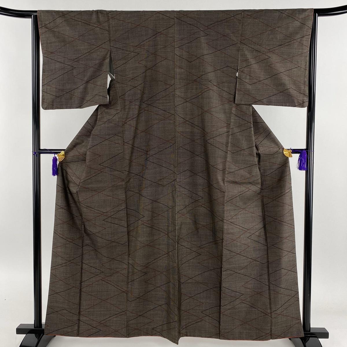 紬 美品 秀品 幾何学 焦茶色 袷 身丈161.5cm 裄丈63cm S 正絹 【中古】