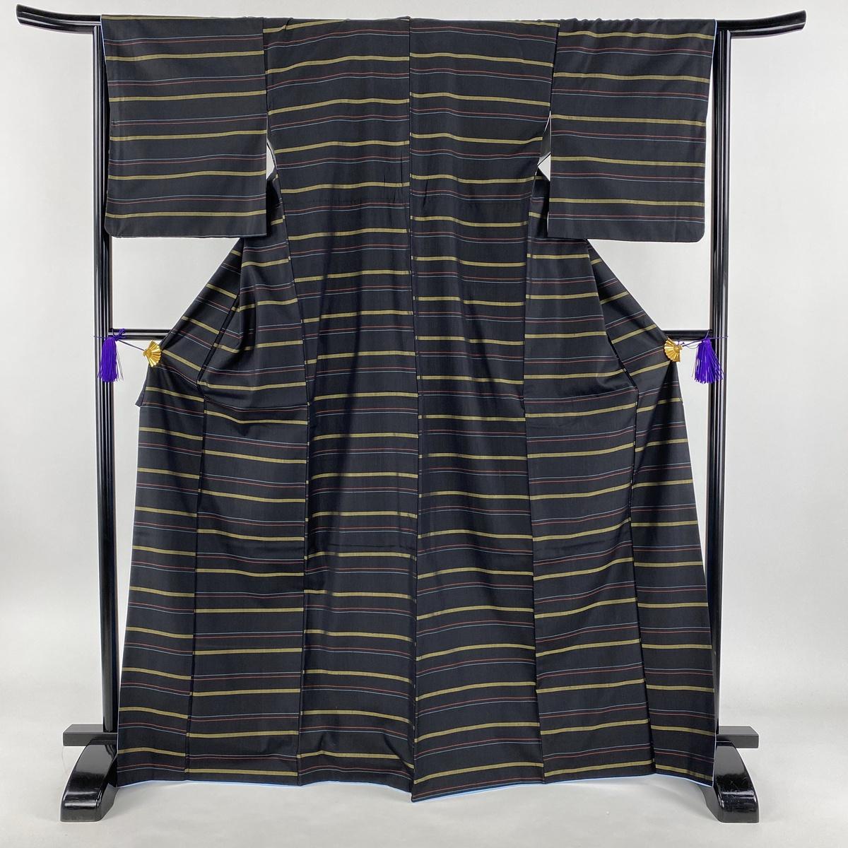 紬 美品 秀品 大島紬 横縞 黒 袷 身丈169.5cm 裄丈65.5cm M 正絹 【中古】