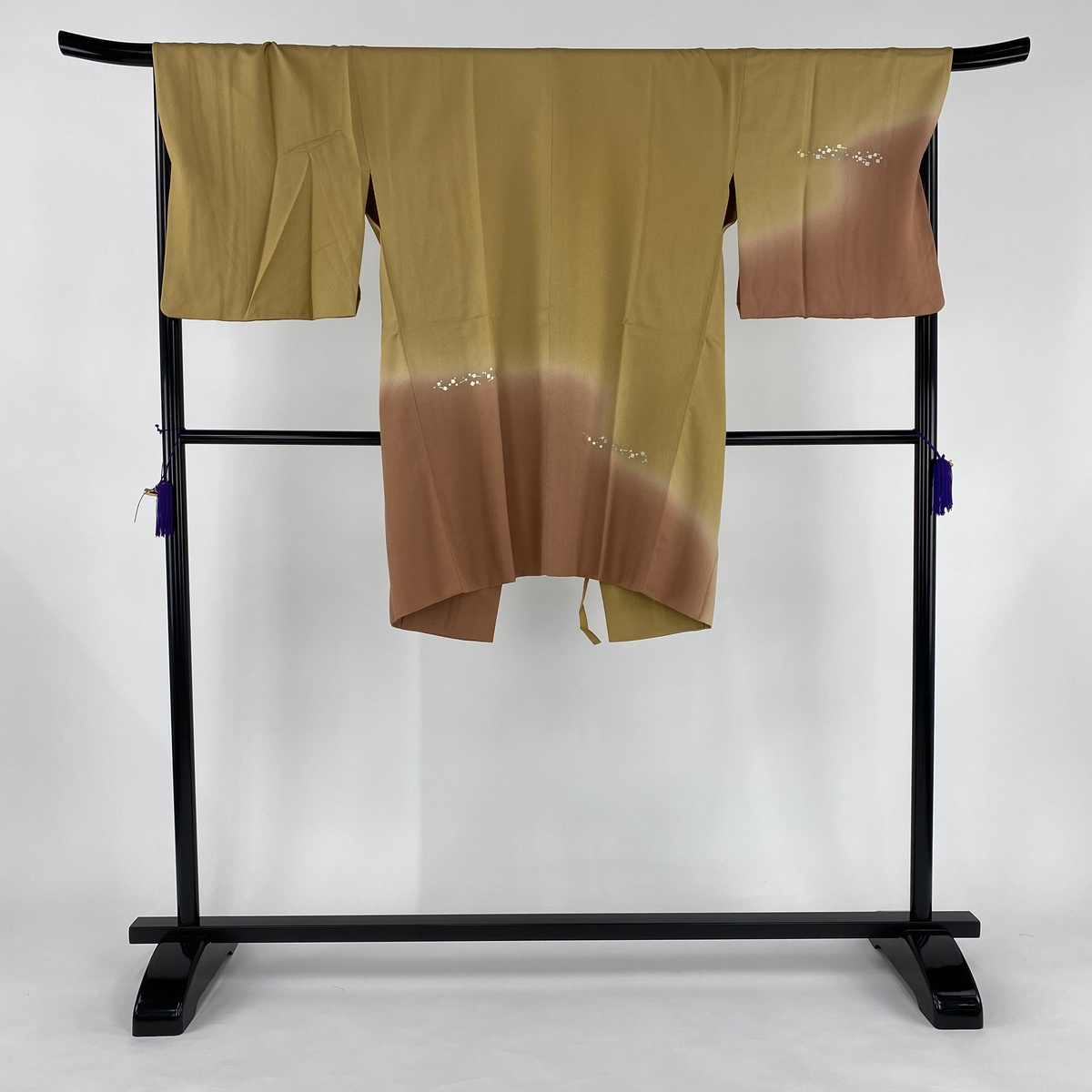 道中着 美品 逸品 和装コート 箔散し 金銀彩 ぼかし 黄土色 身丈97.5cm 裄丈69.5cm L 正絹 【中古】