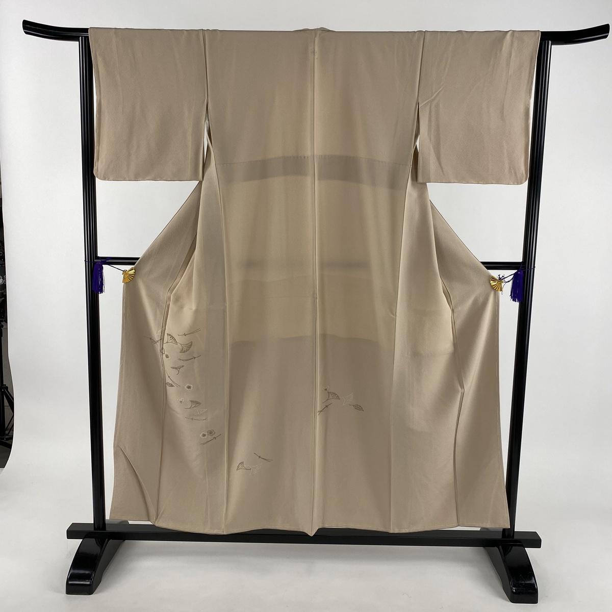 付下げ 美品 秀品 一つ紋 吹き寄せ 相良刺繍 ベージュ 袷 身丈154cm 裄丈63.5cm S 正絹 【中古】