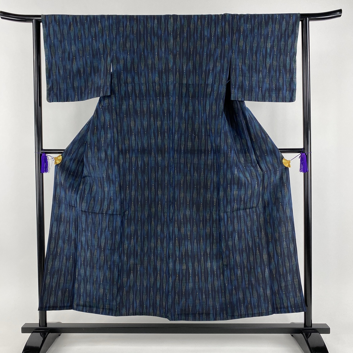 紬 美品 秀品 夏 縦縞 幾何学模様 紺色 単衣 身丈154cm 裄丈62cm S 正絹 【中古】