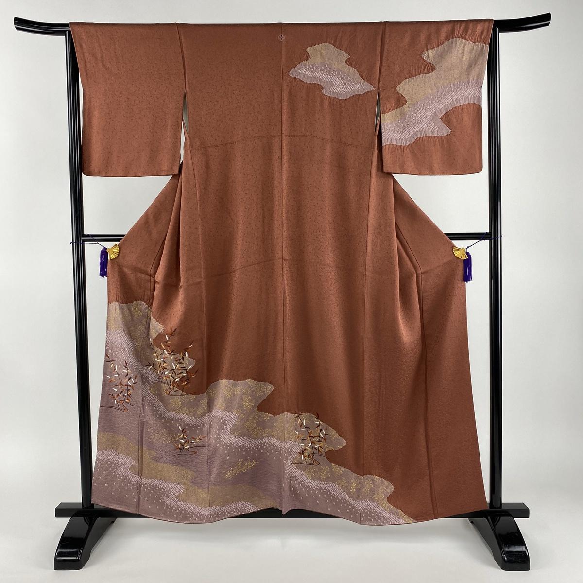 訪問着 美品 秀品 一つ紋 葉柄 波 部分刺繍 部分絞り 茜色 袷 身丈156.5cm 裄丈66cm M 正絹 【中古】