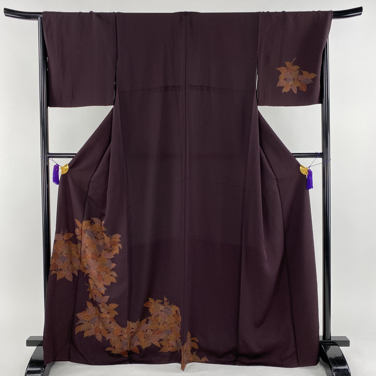 付下げ 美品 秀品 葉 実 刺繍 紫 袷 身丈167cm 裄丈67.5cm L 正絹 【中古】