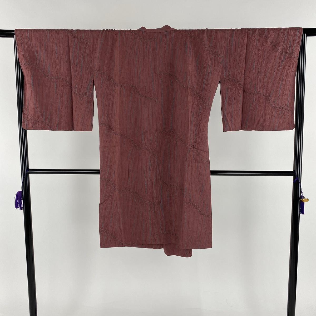 道中着 美品 名品 和装コート 幾何学模様 絞り 赤紫 身丈103.5cm 裄丈67cm M 正絹 【中古】