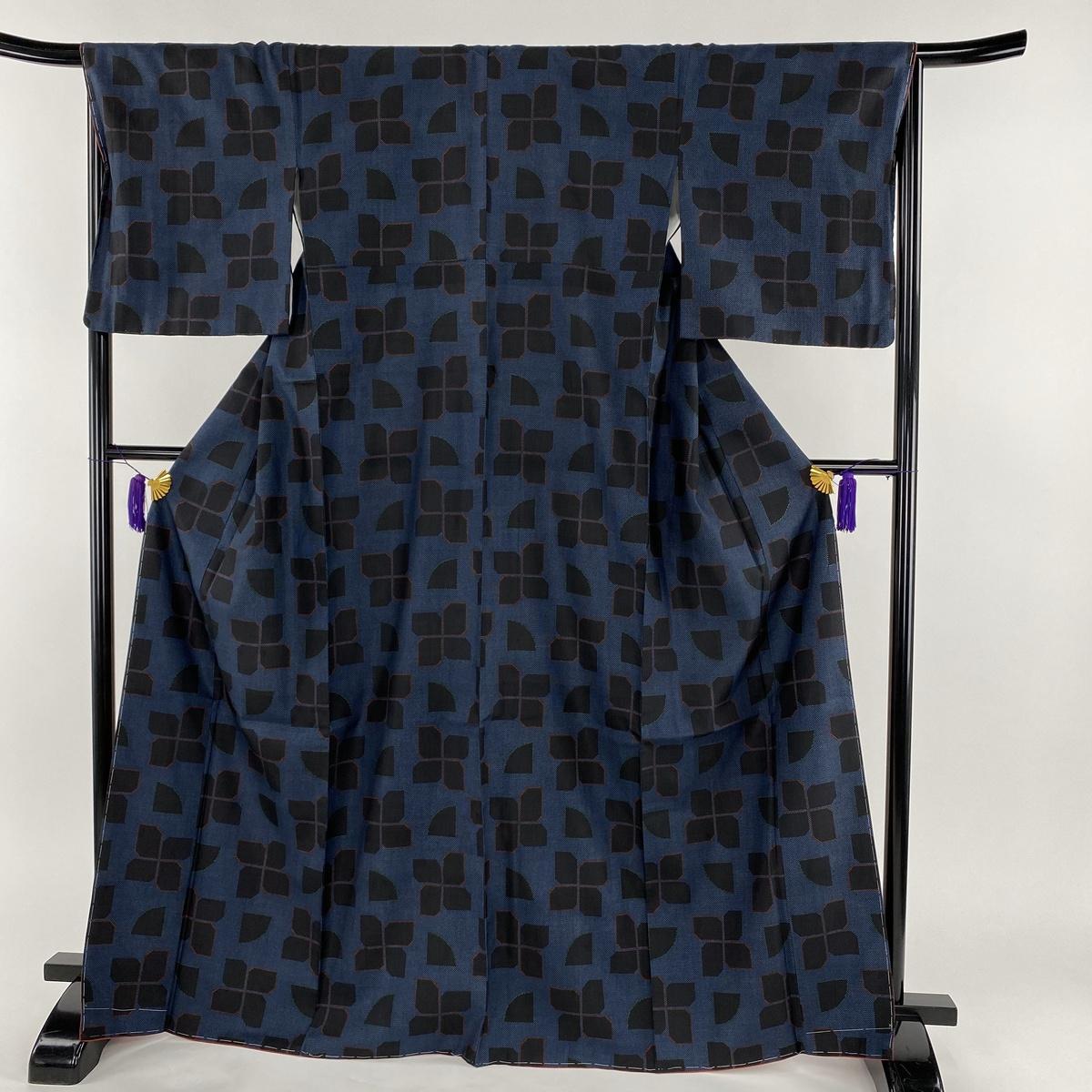 紬 美品 秀品 幾何学 藍色 袷 身丈168.5cm 裄丈67.5cm L 正絹 【中古】