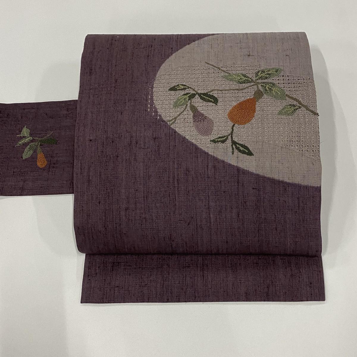 名古屋帯 美品 秀品 紬地 葉と実 汕頭刺繍 紫 正絹 【中古】