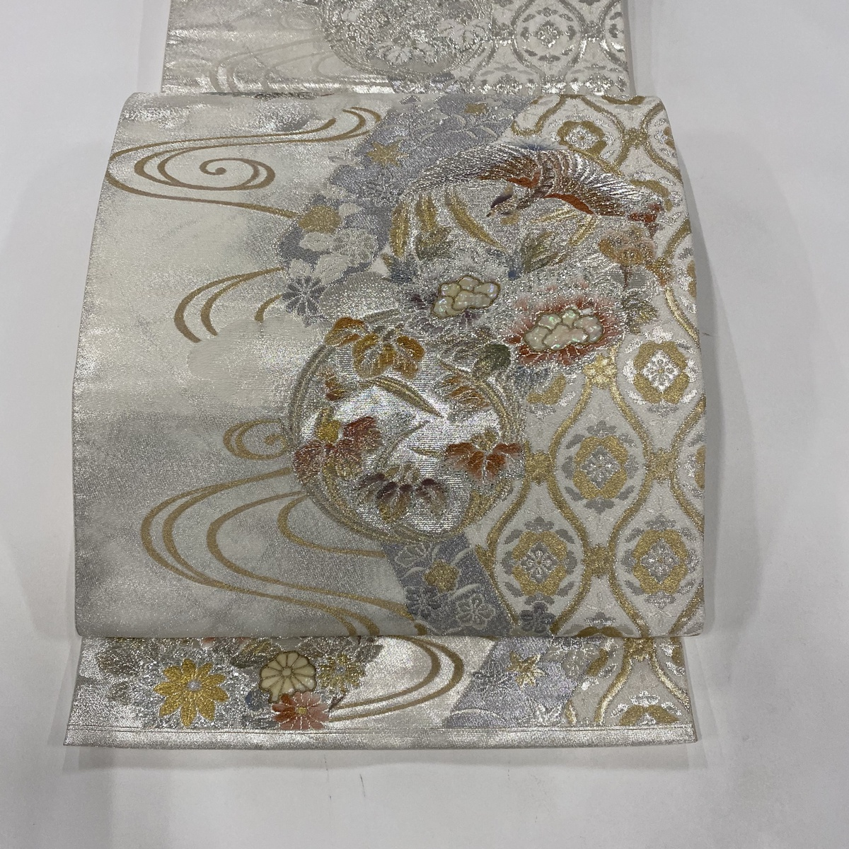 袋帯 美品 秀品 華文 鳳凰 螺鈿 銀糸 銀色 お太鼓柄 正絹 【中古】