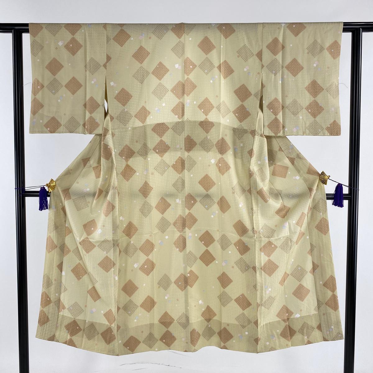 長襦袢 美品 名品 落款あり 幾何学 地紋 黄緑色 身丈132cm 裄丈60cm S 正絹 【中古】