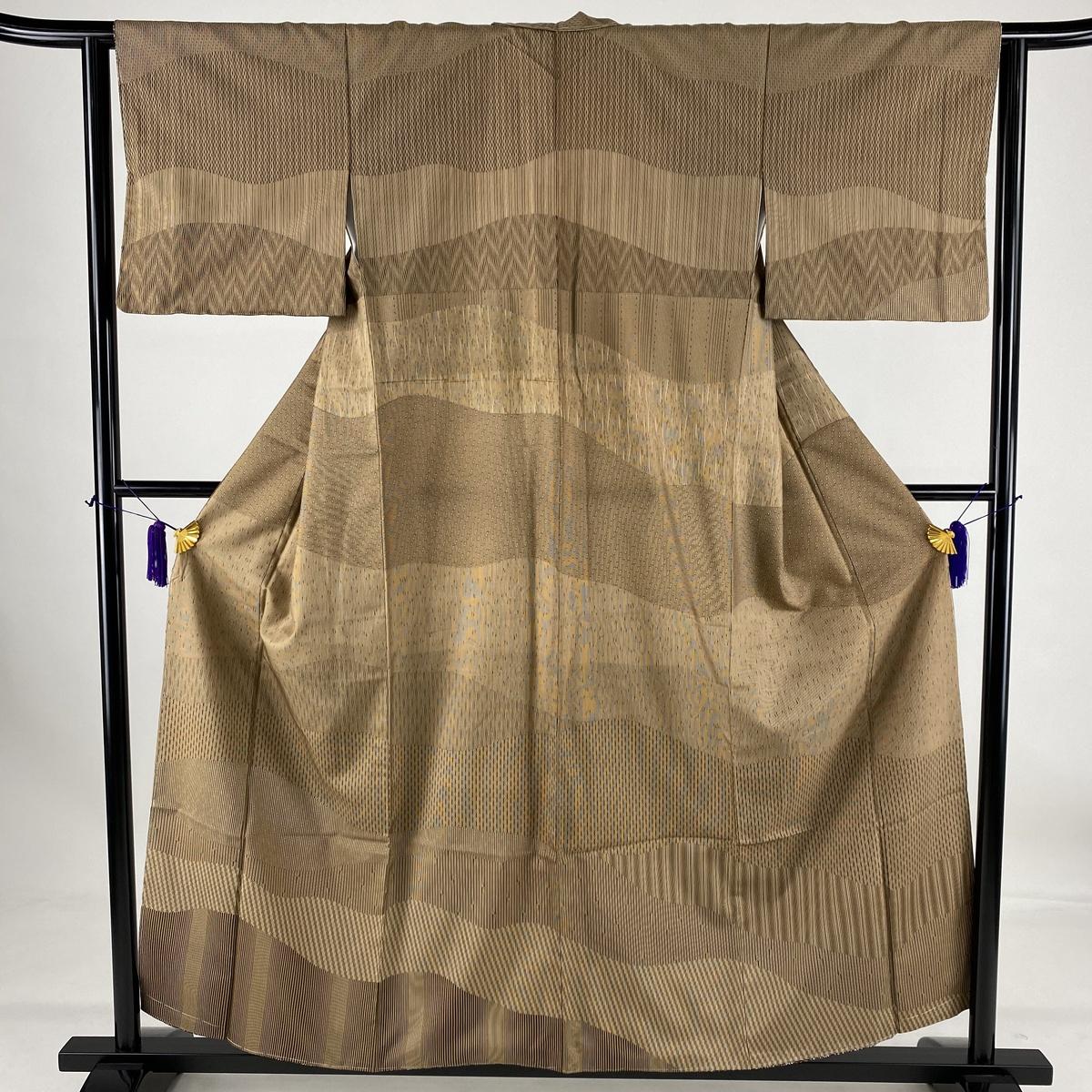 お中元 ランクA 着物 リサイクル 送料無料 訪問着 美品 秀品 2020 新作 縞 62cm 幾何学模様 S 袷 正絹 中古 茶色 155cm
