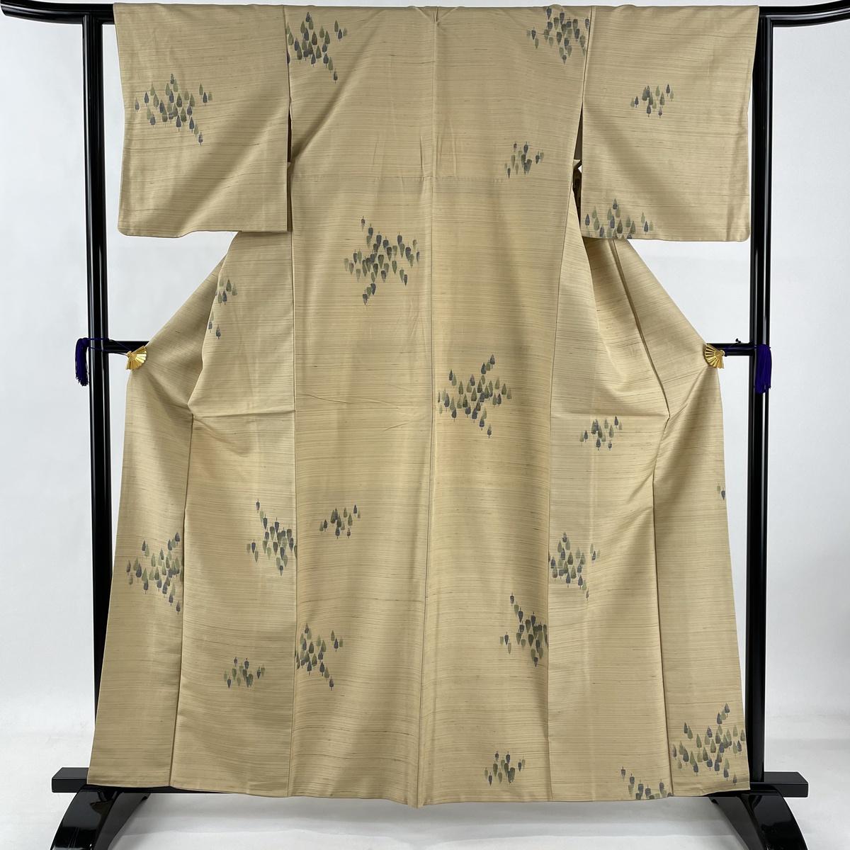 ランクB 着物 売店 リサイクル 送料無料 紬 秀品 樹木 正絹 中古 ついに再販開始 身丈161.5cm 裄丈61.5cm ベージュ 袷 S