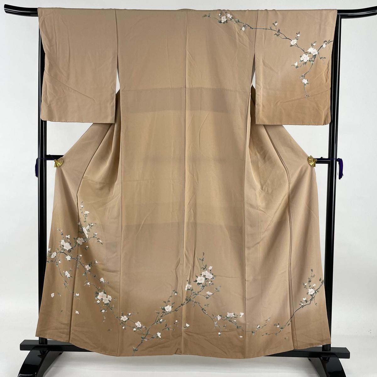 ランクA 着物 リサイクル 送料無料限定セール中 送料無料 訪問着 美品 信憑 秀品 やまと 上品 中古 薄茶色 身丈159cm 袷 M 裄丈66cm 枝花 正絹 ぼかし
