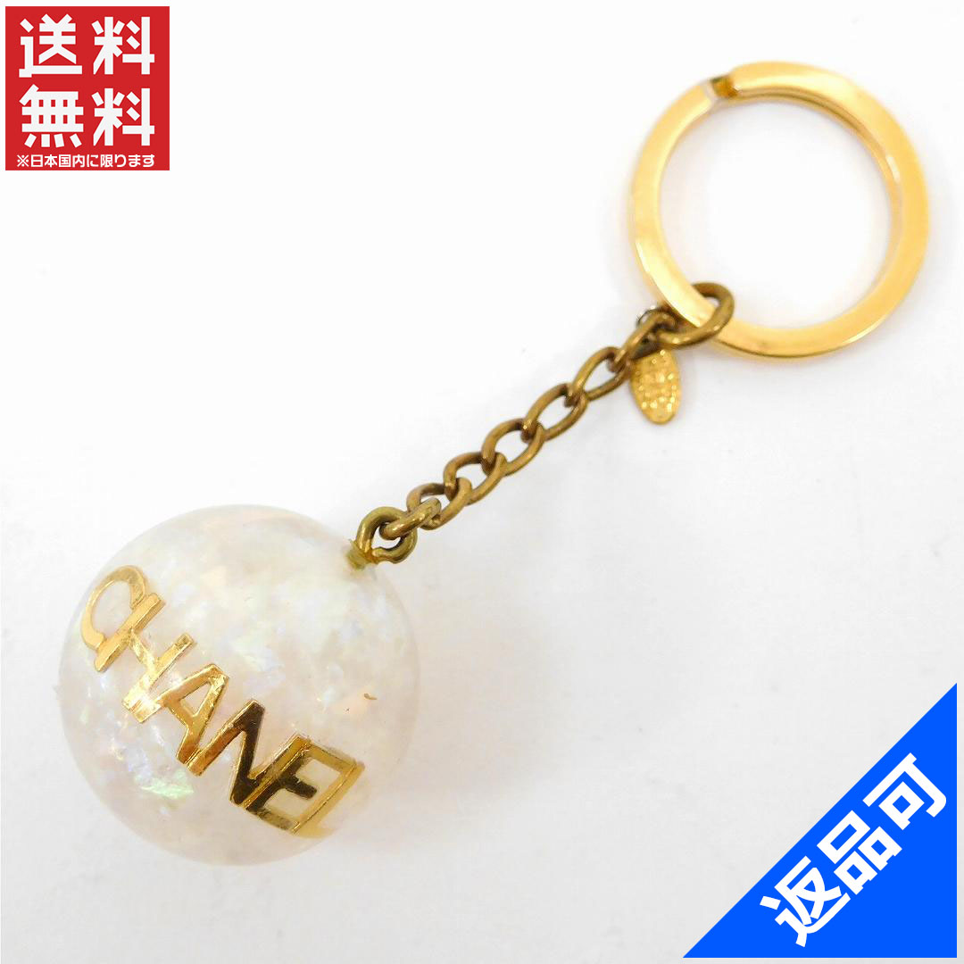 2d82bb827fc8 Chanel CHANEL key ring Keyring ladies vintage logo Lamballe gold x clear of  gold bracket x ...