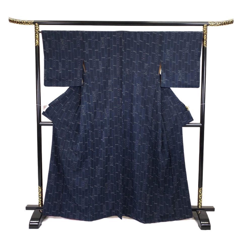 着物 小紋 正絹 袷 紺色 ネイビー シルク 小紋 適応身長 152-162cm【中古】 レディース jh-6229