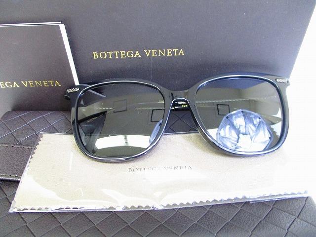 【新古品】BOTTEGA VENETA ボッテガ ヴェネタ イントレチャート アイウェア サングラス メンズ レディース フレーム:ブラック、レンズ:グレー  【中古】
