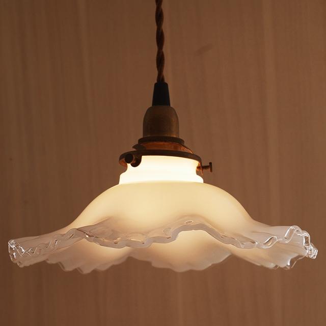 おしゃれ 照明 照明器具 電気 ガラス ライト【ミルクグラス ランプシェード オールドキャッスル】