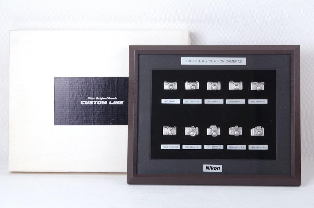 【コレクション新品】Nikon/ニコン ブローチセット Badge Pin The History of Nikon Cameras 箱付き#jp20563