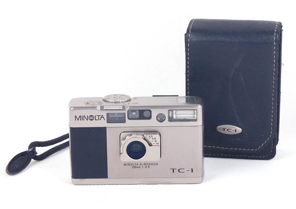 【美品】Minolta/ミノルタ TC-1 G-rokkor 28mm F3.5レンズ付 シャンパン色 フィルムカメラ ストラップとケース付き#HK8137