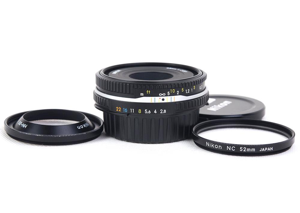 【美品】Nikon/ニコン Nikkor/ニッコール 45mm F2.8 P AI-Sマウント ブラック MF レンズ HN-35フード付き#jp22409