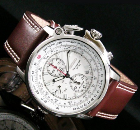 6c4beb8e2 Japan's world famous watch brands SEIKO. Domestic unreleased rare overseas  model boasts the popular in Japan as imports watches. It is pilot Chrono  graph ...