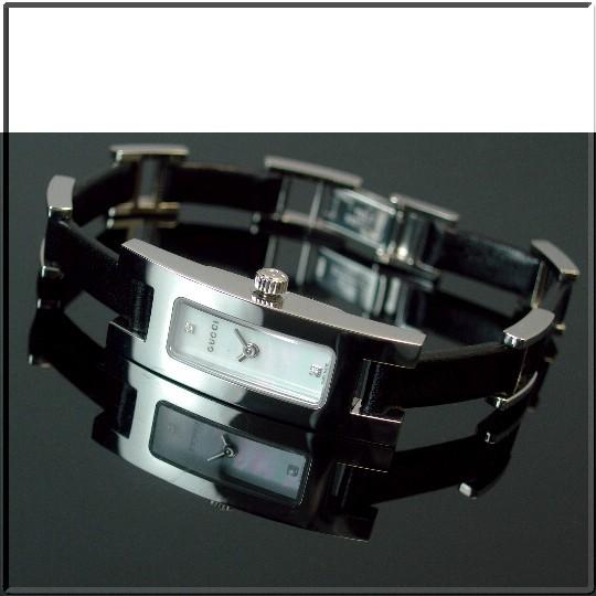 GUCCI【グッチ】3905G レディース腕時計 ホワイトシェル文字盤 ブラックレザーベルト YA039506