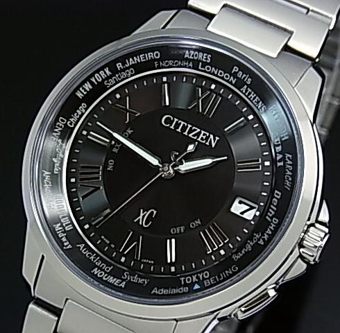 CITIZEN/XC【シチズン/クロスシー】HAPPY FLIGHT/ハッピーフライト メンズ 電波ソーラー腕時計 ブラック文字盤 メタルベルト MADE IN JAPAN(国内正規品)CB1020-54E