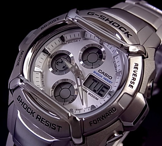 CASIO/G-SHOCK 조정석 메탈 모델 맨즈 손목시계 실버 문자판 G-511 D-7 AV해외 모델