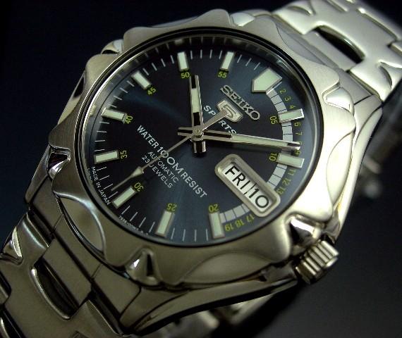 SEIKO/SEIKO5 Sports 자동 권 남자 시계 JAPAN MADE 메탈 벨트 네이 비 시계 숫자판 SNZ447J1 (해외 모델)