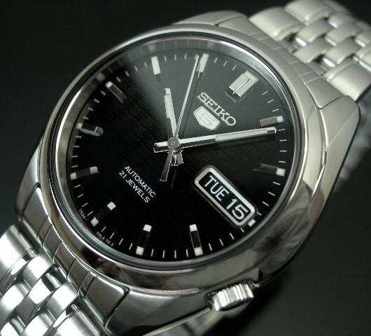 SEIKO/SEIKO5【セイコー5/セイコーファイブ】自動巻 メンズ腕時計 メタルベルト ブラック文字盤 SNK361K1 海外モデル【並行輸入品】