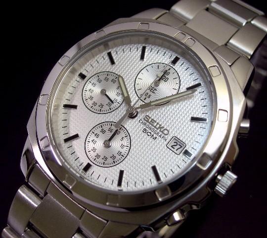 SEIKO/Chronograph【セイコー/クロノグラフ】メンズ腕時計 シルバー文字盤 メタルベルト SND187 海外モデル【並行輸入品】