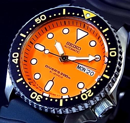 【3本限定】SEIKO/200m diver's watch【セイコー/200m防水ダイバーズ】自動巻 メンズ腕時計 ラバーベルト オレンジ文字盤 MADE IN JAPAN SKX011J 海外モデル【並行輸入品】
