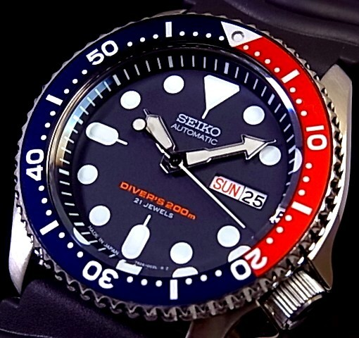 SEIKO/200m diver's watch【セイコー/200m防水ダイバーズ】自動巻 メンズ腕時計 ラバーベルト ネイビー文字盤 MADE IN JAPAN SKX009J 海外モデル【並行輸入品】